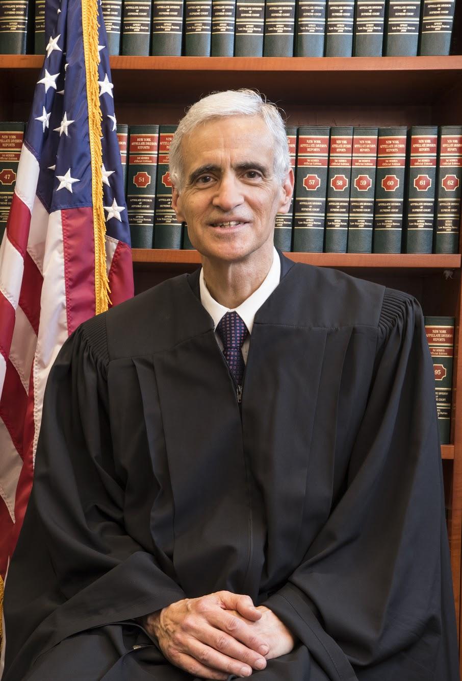 The Columbian Lawyers Association's 2019 Rapallo/Scalia Award Winner – Justice Nicholas Iacovetta